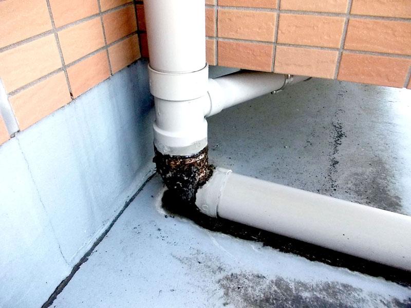 雨水管 漏水